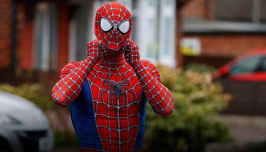 Spider-Man visita Reino Unido por una buena