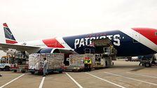 New England Patriots Jet Bringt 1,2 Millionen N95-Masken Aus China