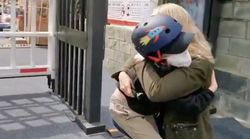 Journalist Has Emotional Reunion With Young Son After Quarantine And 49 Days