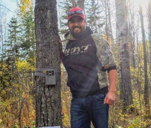 Kyle Lafreniere was hunting near Glendon, Alta. when he said he was threatened.