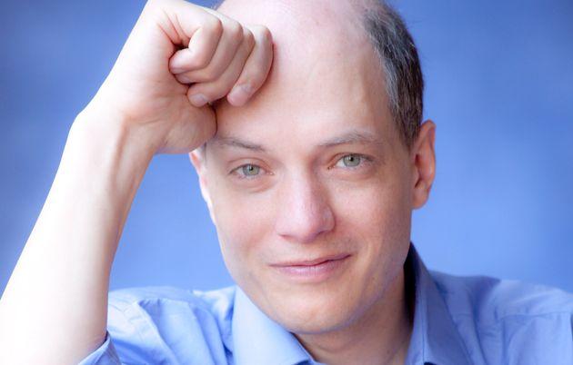 "Alain de Botton: ""Guardiamo in faccia la paura e facciamocel"