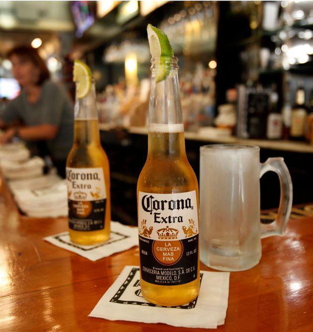 Σταματά η παραγωγή της μπύρας Corona λόγω