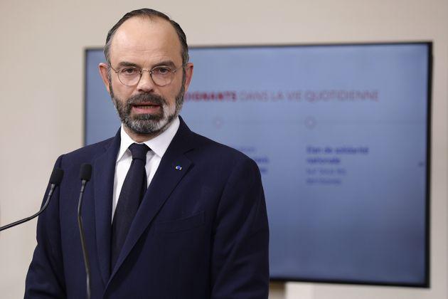 Édouard Philippe en conférence de presse samedi 28