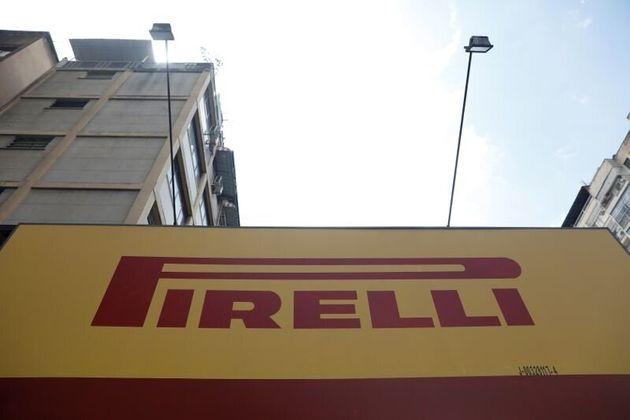 Il logo del gruppo Pirelli a Caracas, Venezuela, 27 agosto
