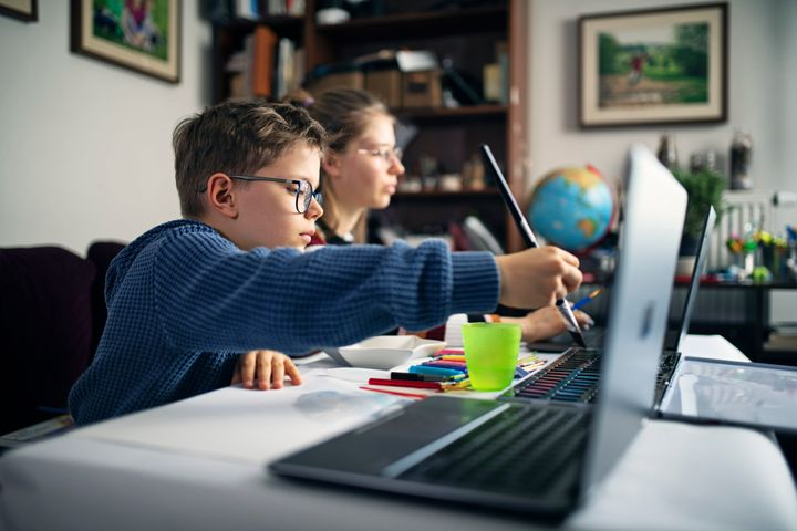 Creative online classes for kids, from painting to crafting.