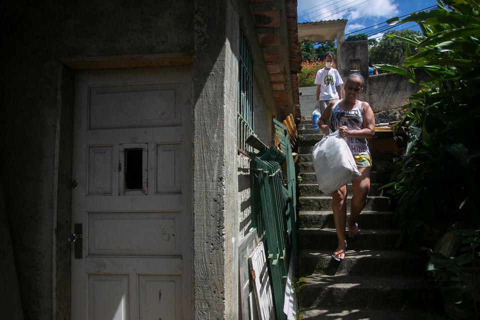 Solidariedade tem sido uma marca no comportamento dos moradores das favelas no País. Na do Borel,...