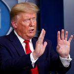 Aux États-Unis, il est recommandé de se couvrir le visage en extérieur (mais Trump ne le fera