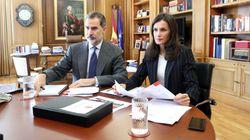 La costumbre que los reyes Felipe y Letizia comparten con los españoles durante el