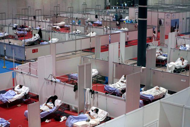 Ισπανία: 809 νέοι θάνατοι σε ένα 24ωρο, αλλά ο αριθμός μειώθηκε για δεύτερη