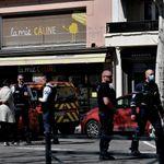 Romans-sur-Isère: Macron promet