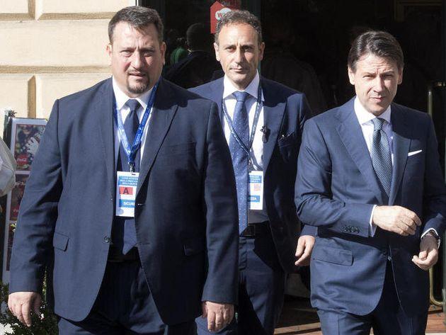 Giorgio Guastamacchia insieme al presidente del Consiglio Giuseppe Conte in una foto del 2 giugno