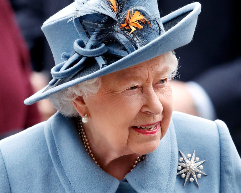 The Queen will address the nation at 8pm on Sunday.