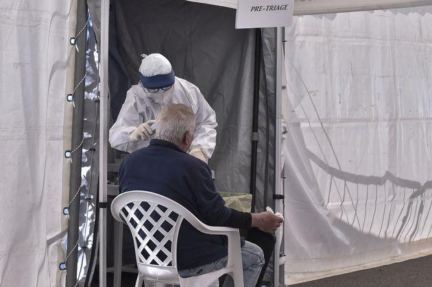 «Λιμοκτονούμε»: Οι Ιταλοί αντιδρούν πλέον στα μέτρα της κυβέρνησης - Δεν θέλουν να μείνουν σε
