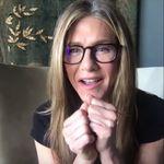 Jennifer Aniston da una sorpresa a una enfermera en aislamiento por