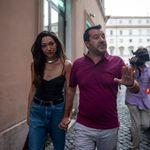 Urla in strada contro Francesca Verdini. Lei: