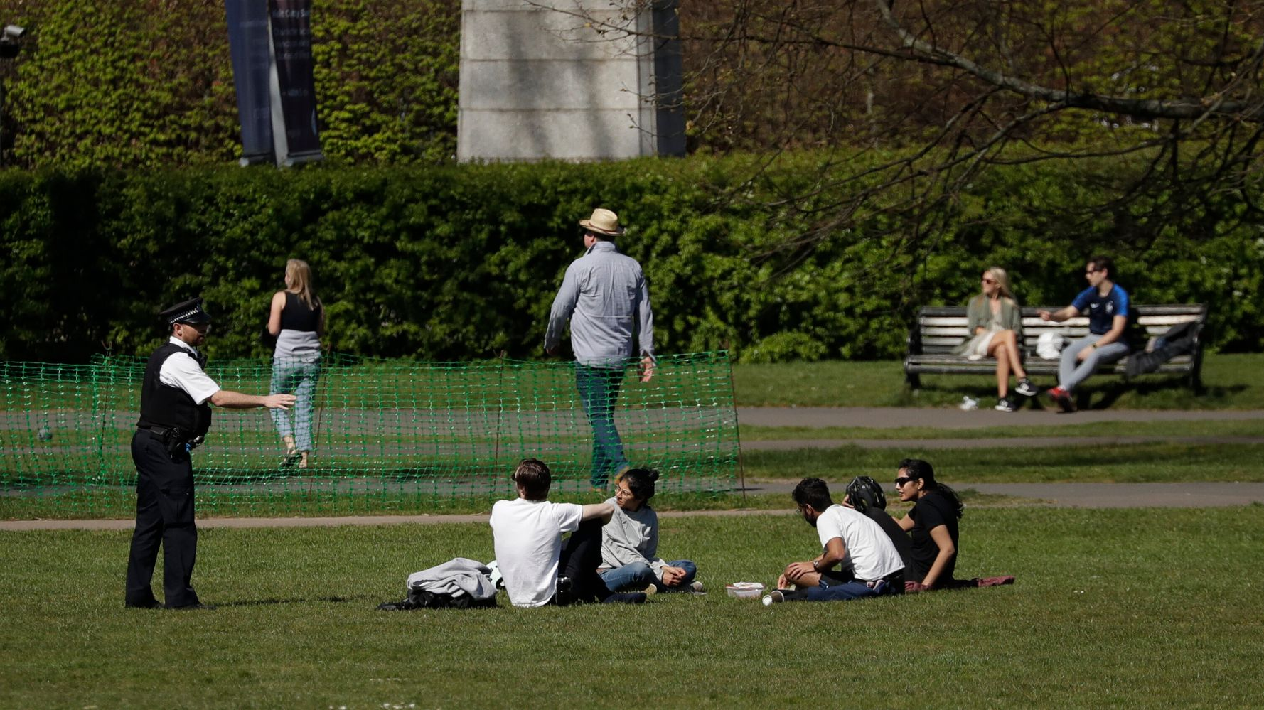 Why It's Not Okay To Sit Or Sunbathe In Public During Lockdown