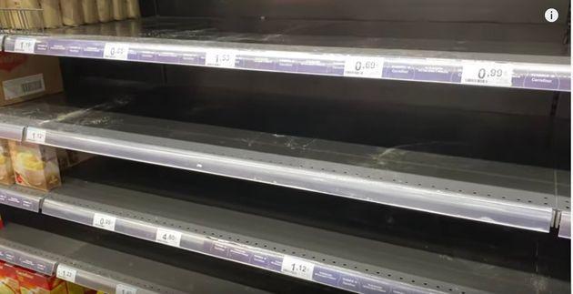 どこのスーパーに行っても、小麦粉が売り切れているという。「時間があるから、自宅でみんなパンやケーキを焼いているようです」と戸城さんは話す