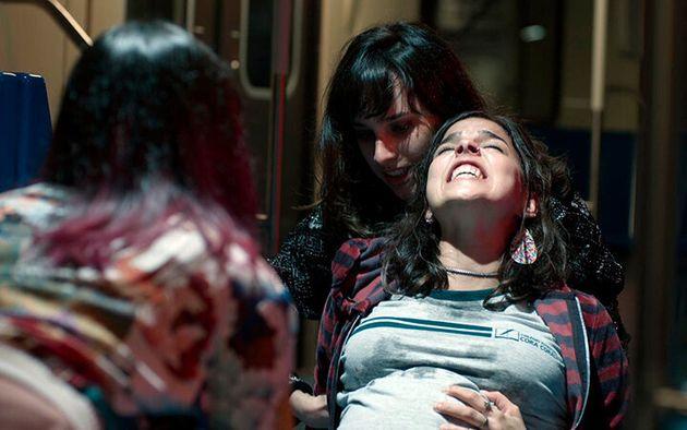 Cena do parto de Keyla (Gabriela Medvedovski) em