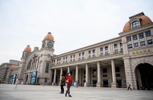 À Wuhan, si la fin de l'isolement est progressivement implémentée depuis le 28 mars...