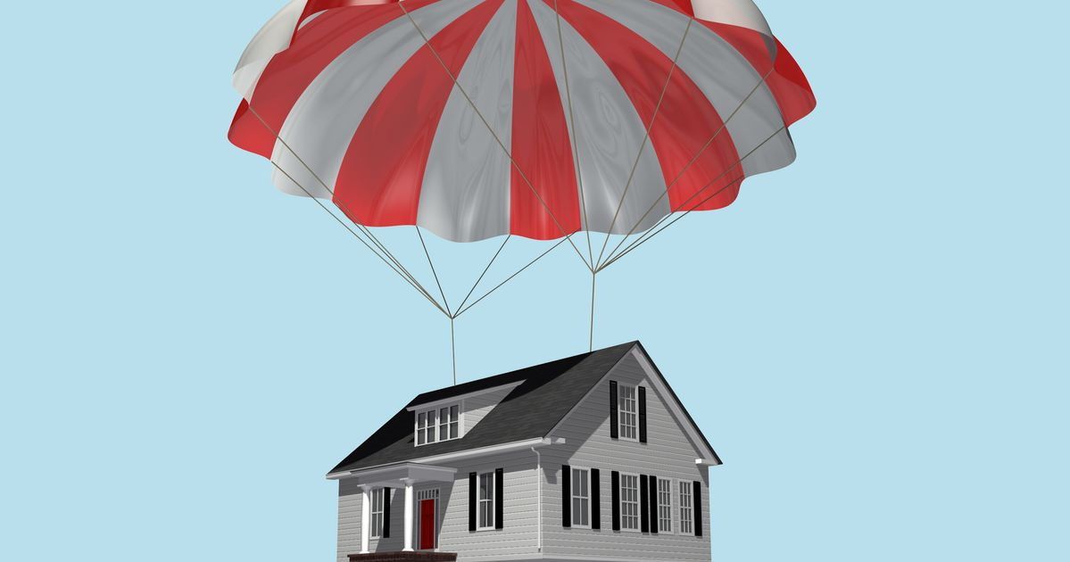 Canada Puts Housing Markets On $150-Billion Life Support