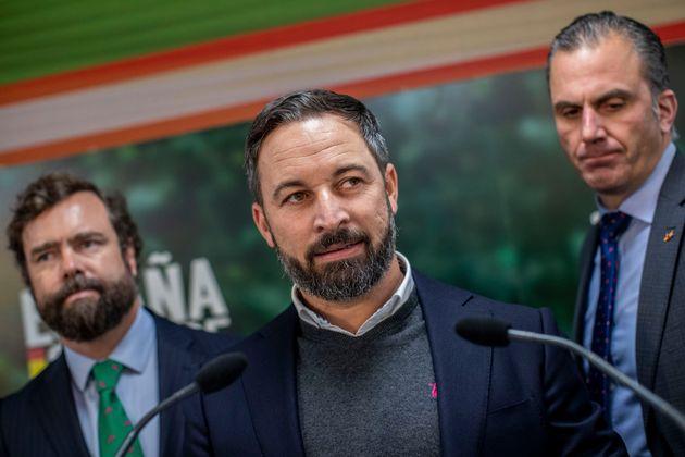Santiago Abascal, Javier Ortega Smith e Ivan Espinosa de los Monteros, en noviembre de