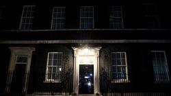 Βρετανία: Η εισαγωγή του Μπόρις Τζόνσον στην εντατική κυριαρχεί στα πρωτοσέλιδα του
