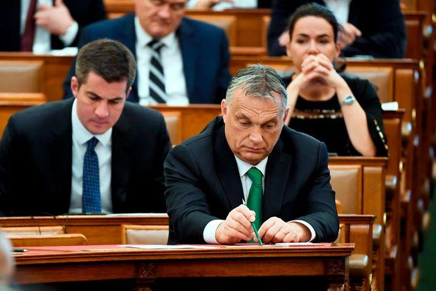 Orban en el Parlamento