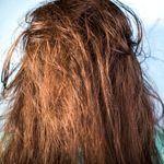 COVID-19: Ne pas se laver les cheveux pour les embellir, mauvaise