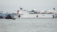 Crew-Mitglied Der Krankenhaus-Schiff der Marine Comfort-Tests Positiv Für COVID-19