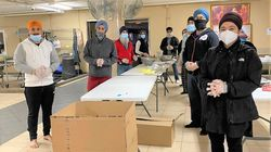 Sikh Volunteers In The US Are Delivering Thousands Of Meals During The