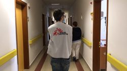 Msf in campo contro il coronavirus. Le immagini dell'intervento in una Rsa nelle Marche