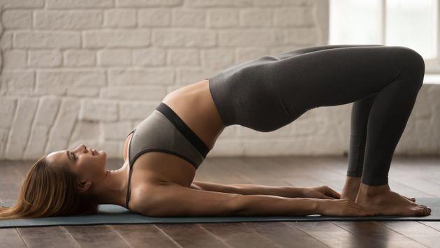 Οι κάμψεις της πλάτης προς τα πίσω είναι ένας όμορφος τρόπος να διαχειριστούμε το άγχος.