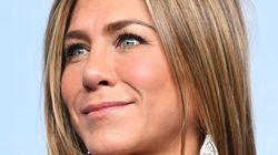 Jennifer Aniston regala 10mila dollari ad un'infermiera colpita da