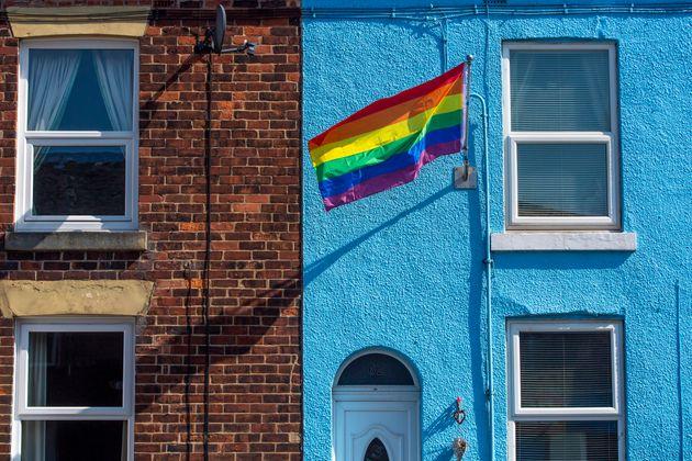 Bandeira LGBT é vista em Londres, no Reino Unido. Imagem foi tirada em 8 de março de 2020,...
