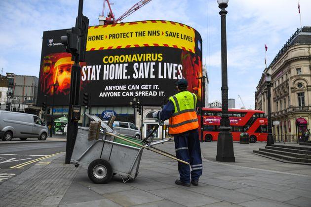 Number Of UK Coronavirus Deaths Increases By 891 In 24 Hours