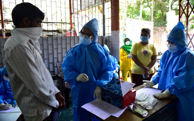 Doctors of Sion Hospital while screening and collecting swab samples of