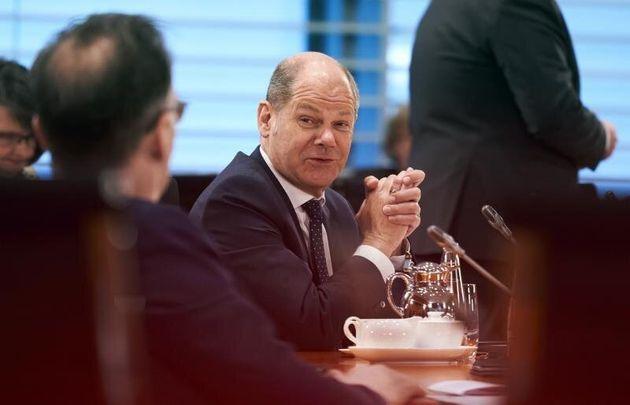 El Eurogrupo llega a un principio de acuerdo para responder al coronavirus con medio billón de