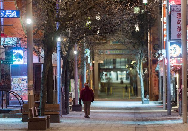 Un rapport dénombre plusieurs cas de racisme envers la communauté asiatique au Québec depuis le début...