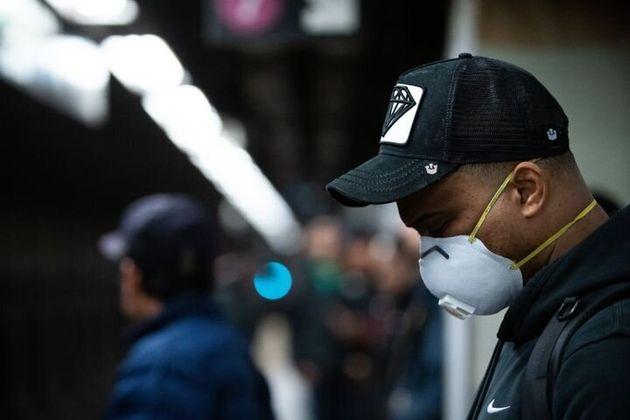 住民のほとんどを黒人とラテン系アメリカ人が占めるブロンクス地区では、住人が新型コロナウイルスに感染する可能性はニューヨーク市の他の地域と同じくらいだが、死ぬ割合は約2倍高い