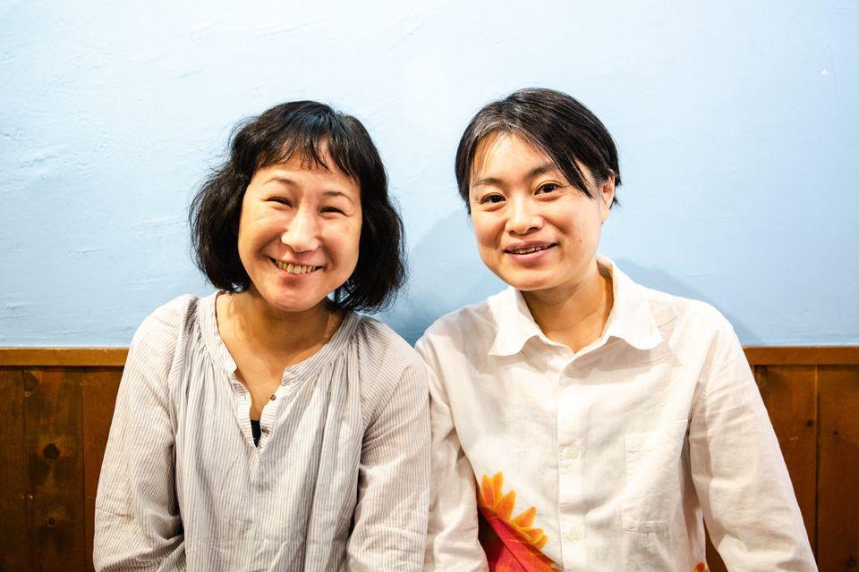 小野春さん(左)と西川麻実さん