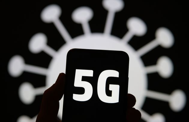 ΠΟΥ: Το 5G δεν εξαπλώνει τον