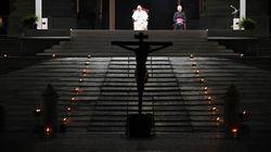La Via Crucis di Francesco, nella Piazza San Pietro