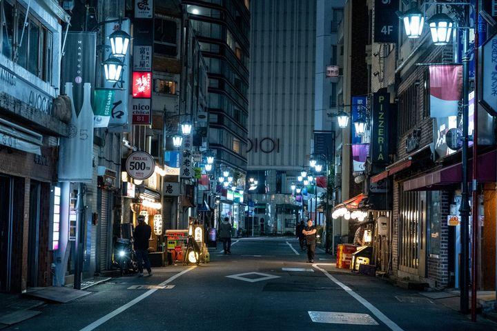 静まり返った東京(イメージ画像)