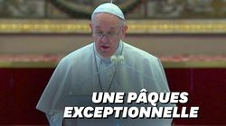 Les images de la Pâques inédite du pape, confiné et quasiment