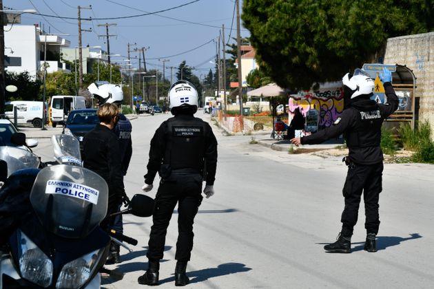 Αστυνομικός έλεγχος στους δρόμους της Πρέβεζας χθες,