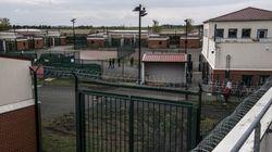 Craignant le coronavirus, des migrants demandent leur libération d'un centre de