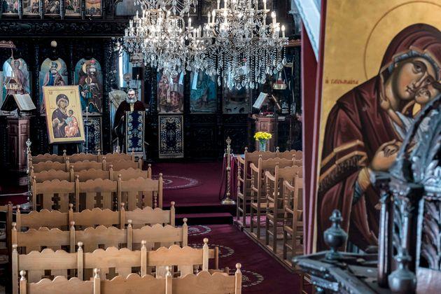 Η ΕΛ.ΑΣ. περιμένει να εμφανιστεί ο ιερέας του ναού στο