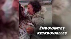 En larmes, cette fillette turque retrouve sa maman mobilisée depuis 1 mois contre le