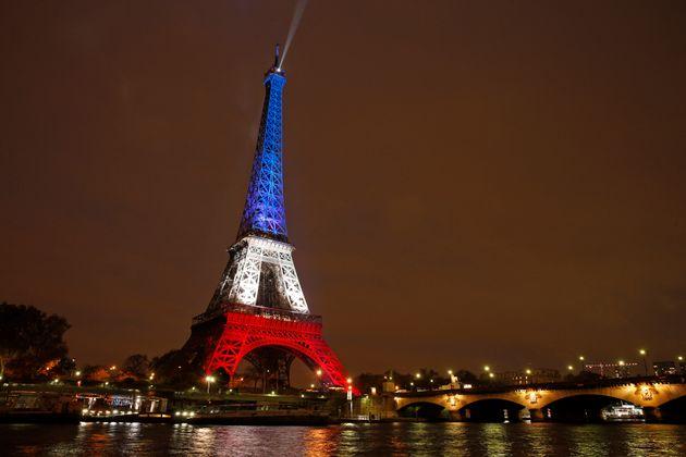 Macron anuncia la prórroga del confinamiento en Francia