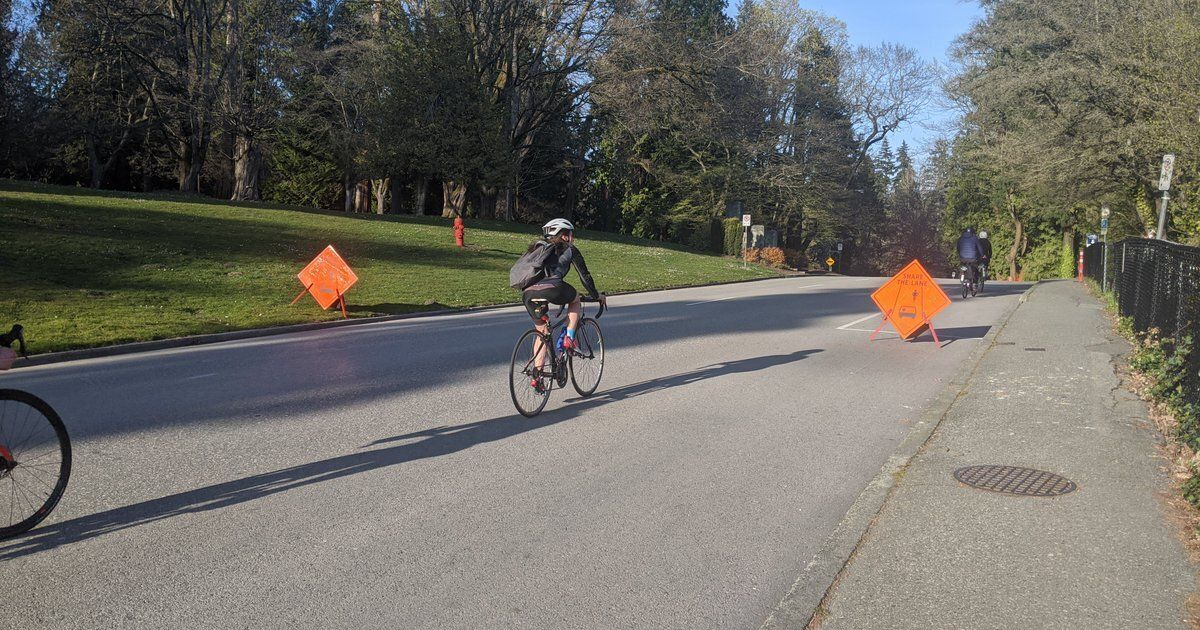 カナダの都市はコロナウイルスのパンデミックの間に歩行者に道を開きます